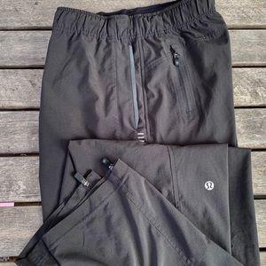 Lululemon jogger athletic pants — size M